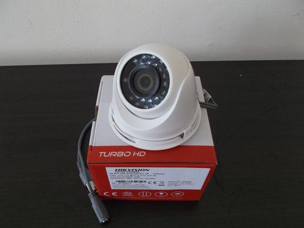 Camera HD-TVI HIKVISION DS-2CE56C0T-IT3 Dome hồng ngoại 1.0 Megapixel