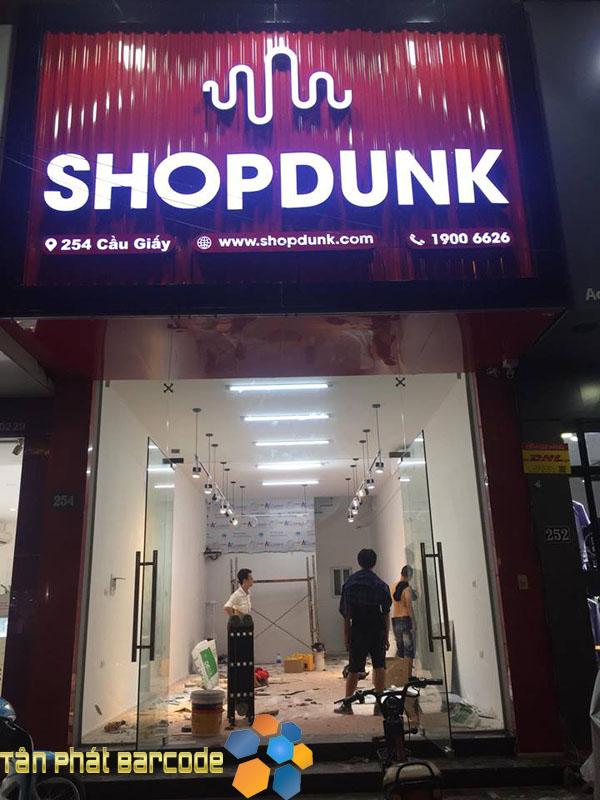 Lắp đặt camera giám sát cho cửa hàng Shopdunk - Cầu Giấy