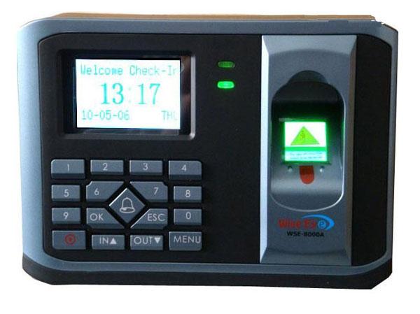 Máy chấm công vân tay thẻ cảm ứng WISE EYE WSE 8000A